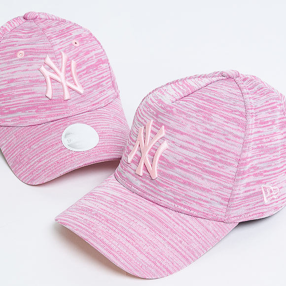 Dámská Kšiltovka New Era Engineered Fit New York Yankees 9FORTY Pink/Grey Heather Strapback