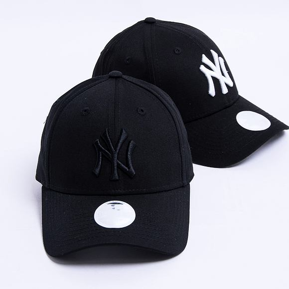 Dámská kšiltovka New Era 9FORTY Womens Essential New York Yankees Strapback Black / Black