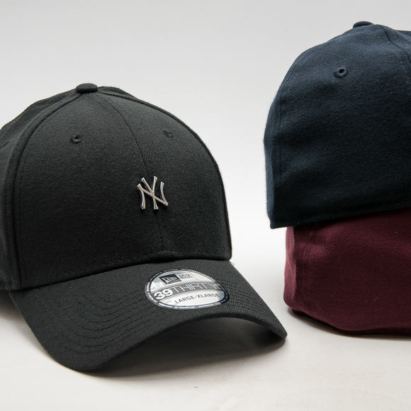 Kšiltovka New Era Metal Mini Logo New York Yankees Navy 39THIRTY Stretchfit