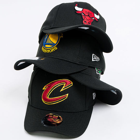 Kšiltovka New Era 9FIFTY Chicago Bulls Stretch Snapback Black/Official Team Colors