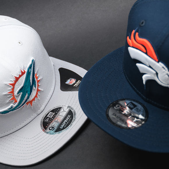 Kšiltovka New Era Contrast Crown Miami Dolphins 9FIFTY White/Gray Snapback