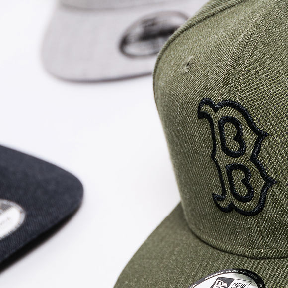Kšiltovka New Era 9FIFTY Boston Red Sox Heather Essential New Olive/Black