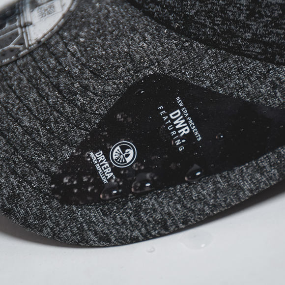 Kšiltovka New Era Jersey Tech 9FORTY Grey Heather Strapback