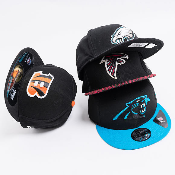 Kšiltovka New Era 9FIFTY Carolina Panthers Team Snap