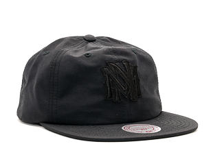 Kšiltovka Mitchell & Ness Oxford Black Snapback