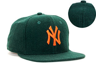Kšiltovka New Era 9FIFTY New York Yankees Original Fit Winter Utility Melton Dark Green/Orange Snapb
