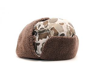 Beranice New Era Trapper Woodland Camo