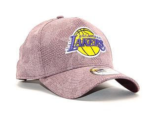 Kšiltovka New Era 9FORTY A-Frame Engineered Plus Los Angeles Lakers Maroon / Team Color Strapback