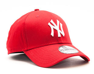 Kšiltovka New Era League Basic New York Yankees Scarlet 39THIRTY Stretchfit
