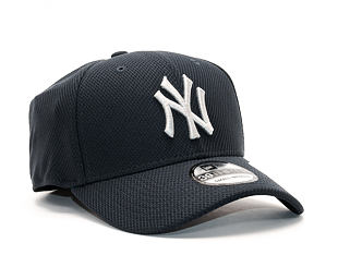 Kšiltovka New Era Diamond Era Essential New York Yankees 39THIRTY Official Team Color