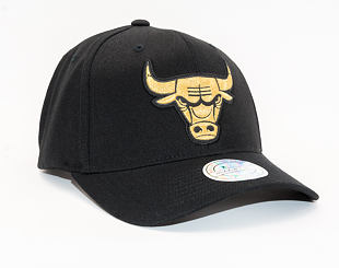 Kšiltovka Mitchell & Ness Chicago Bulls Bullion Black/Gold 110