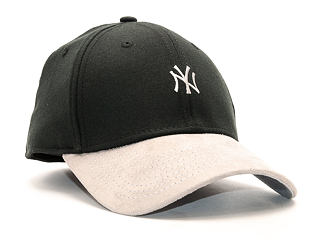 Kšiltovka New Era Suede Viz Mini Logo New York Yankess Black/Gray 39THIRTY Stretchfit