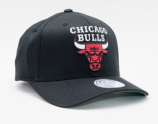 Kšiltovka Mitchell & Ness Chicago Bulls 537 Team Logo High Crown Black