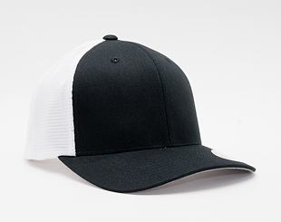 Kšiltovka Flexfit 110 Mesh Trucker Black/White