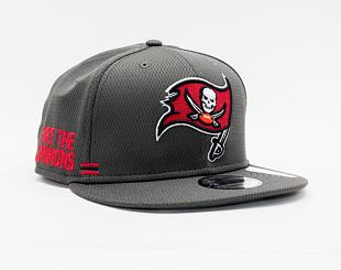 Kšiltovka New Era 9FIFTY NFL20 Sideline Home Tampa Bay Buccaneers Snapback Team Color