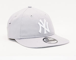Kšiltovka New Era 9TWENTY New York Yankees Essential Packable