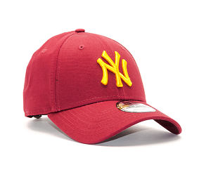 Kšiltovka New Era League Essential New York Yankees 9FORTY Carmine/Gold Strapback