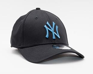 Kšiltovka New Era 39THIRTY MLB League Essential New York Yankees Stretch Fit Black / DTL