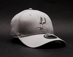 Kšiltovka New Era Team San Antonio Spurs 9FORTY Grey Strapback