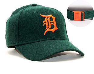 Kšiltovka New Era 9FORTY Detroit Tigers Winter Utility Melton Dark Green/Orange Clipback