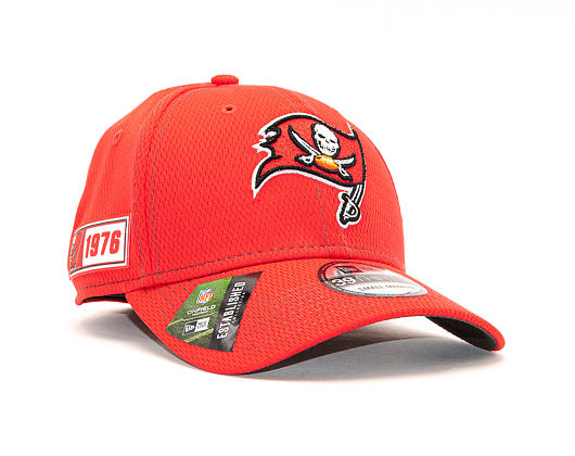 Kšiltovka New Era 39THIRTY NFL Tampa Bay Buccaneers ONF19 Sideline OTC