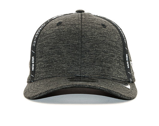 Kšiltovka New Era 9FIFTY Tape Black / Optic White Snapback