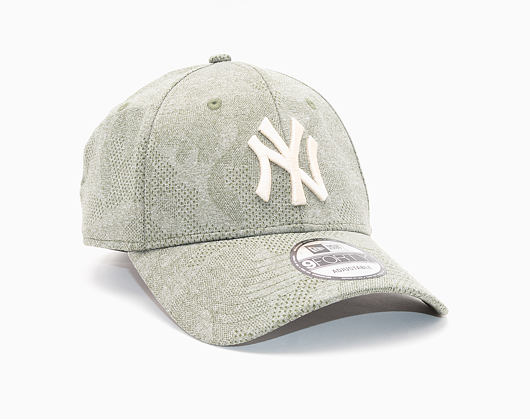 Kšiltovka New Era 9FORTY New York Yankees Engineered Plus