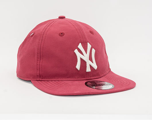 Kšiltovka New Era 9TWENTY New York Yankees Packable LT WT Nylon