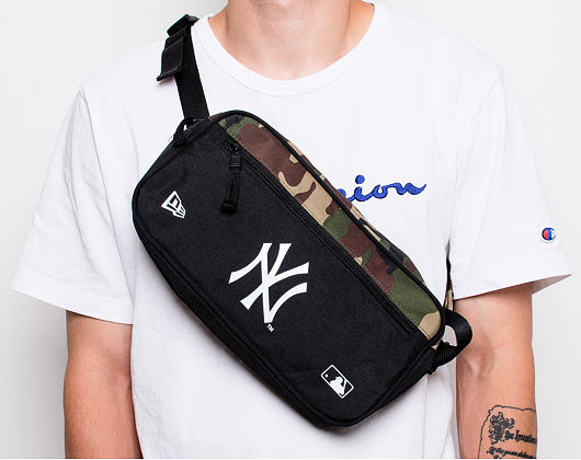 Ledvinka New Era New York Yankees Cross Body Woodland Camo
