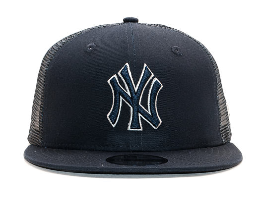 Kšiltovka New Era 9FIFTY Trucker New York Yankees Essential Navy/Official Team Colors Snapback