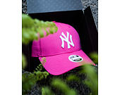 Dámská Kšiltovka New Era Fashion Essential New York Yankees Pink/White 9FORTY Strapback