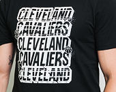 Triko New Era NBA Repeat Script Tee Cleveland Cavaliers Black